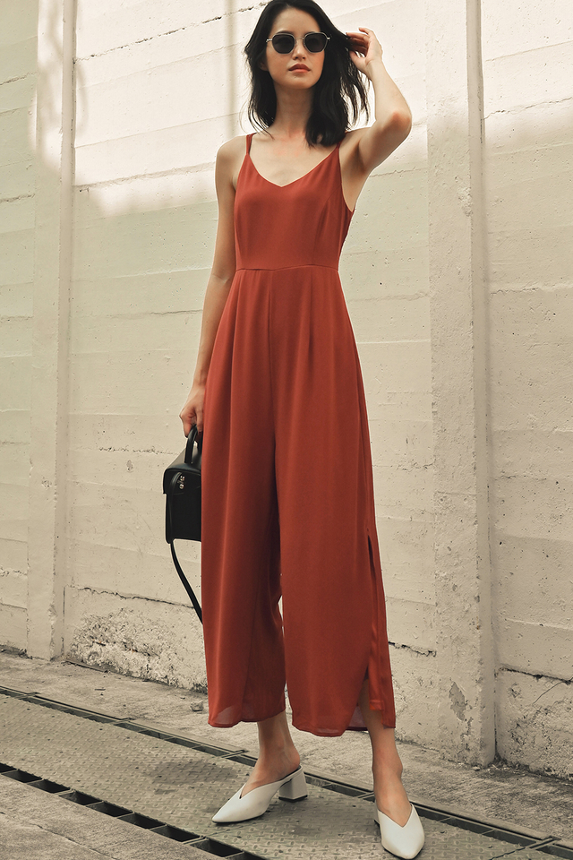 BRIXTON JUMPSUIT IN RUST