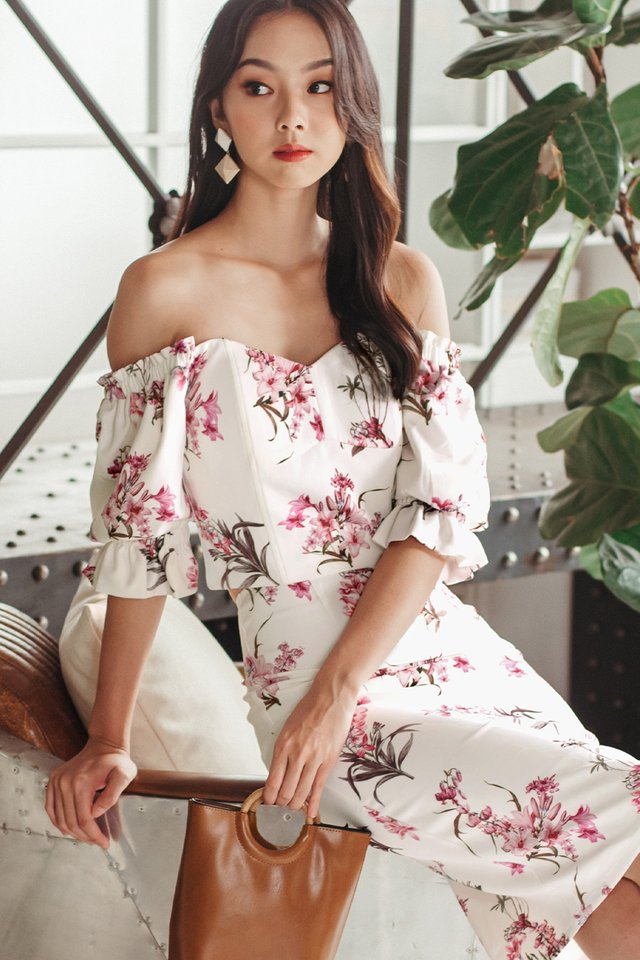 BERTHA FLORAL TOP IN WHITE