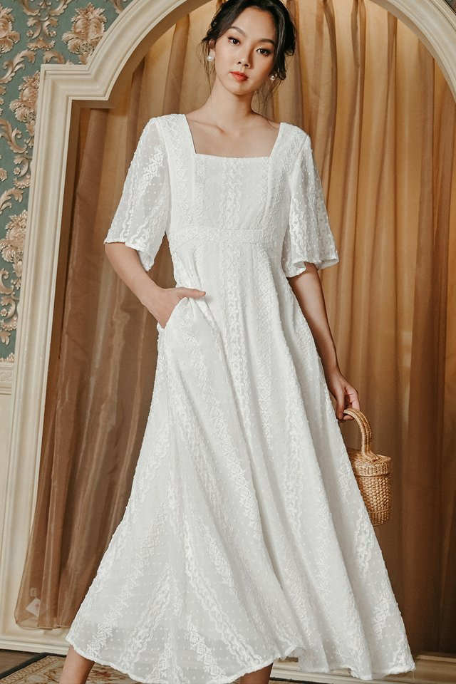 CARVELL MAXI IN WHITE