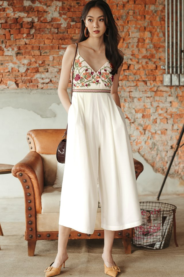 *RESTOCKED* DANIA EMBROIDERY JUMPSUIT IN WHITE