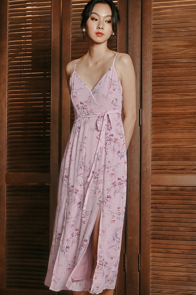FERGIE JUMPSUIT IN PINK