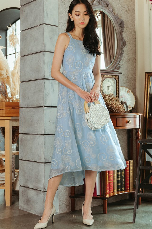 HALEY EMBROIDERY MAXI IN POWDER BLUE