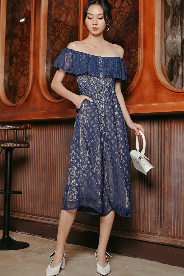 KATEN LACE JUMPSUIT IN BLUE