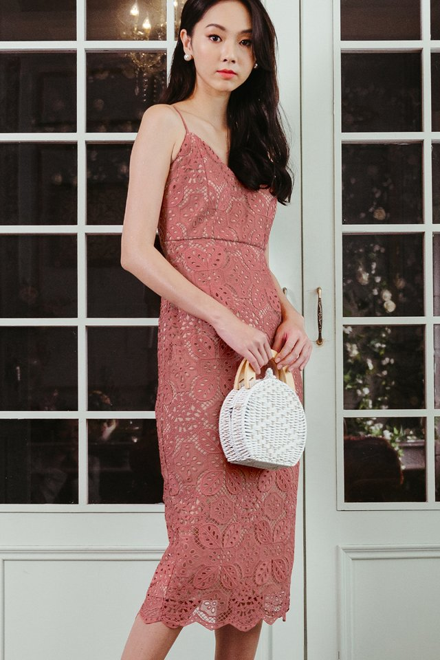 MARQUIS CROCHET SHEATH MIDI IN ROSE