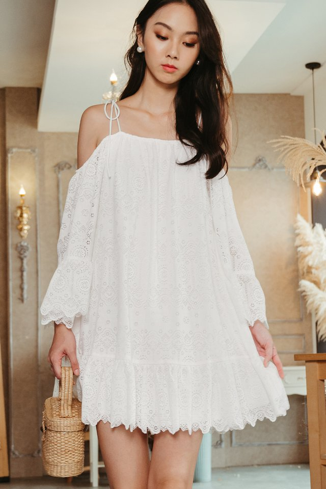PACHO LACE DRESS IN WHITE