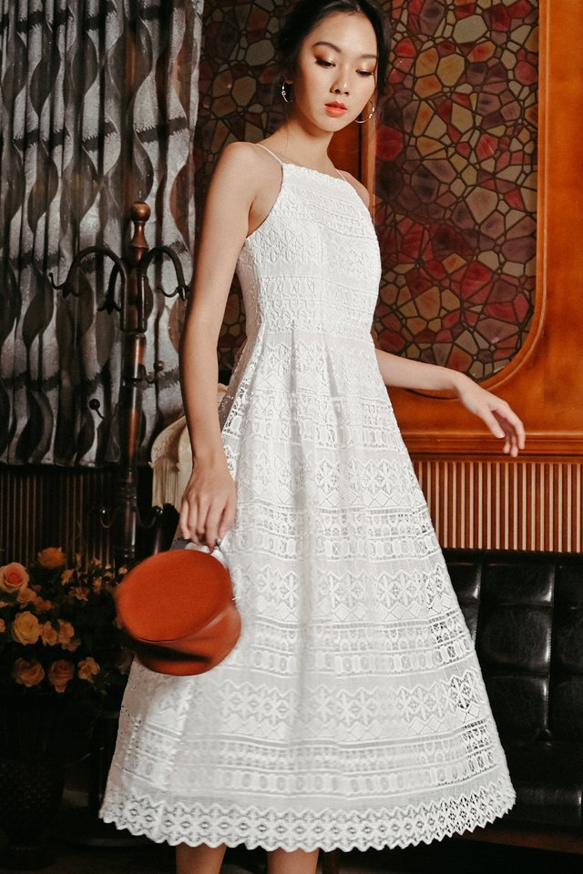 VALENTIN CROCHET MAXI IN WHITE