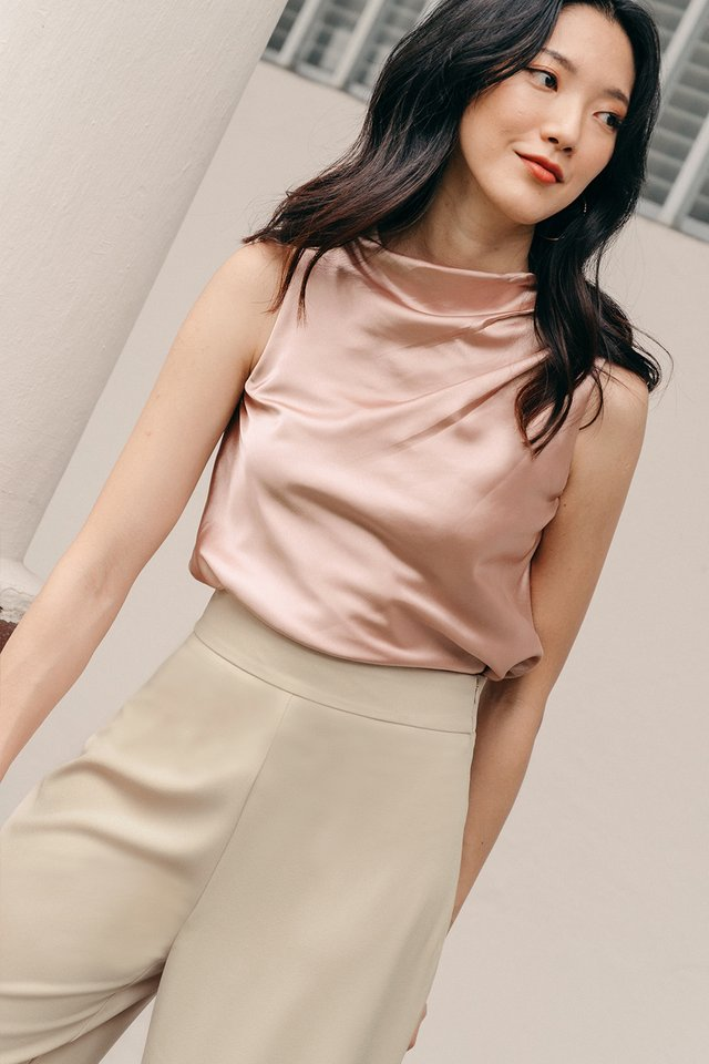 AMI SATIN TOP IN ROSE GOLD