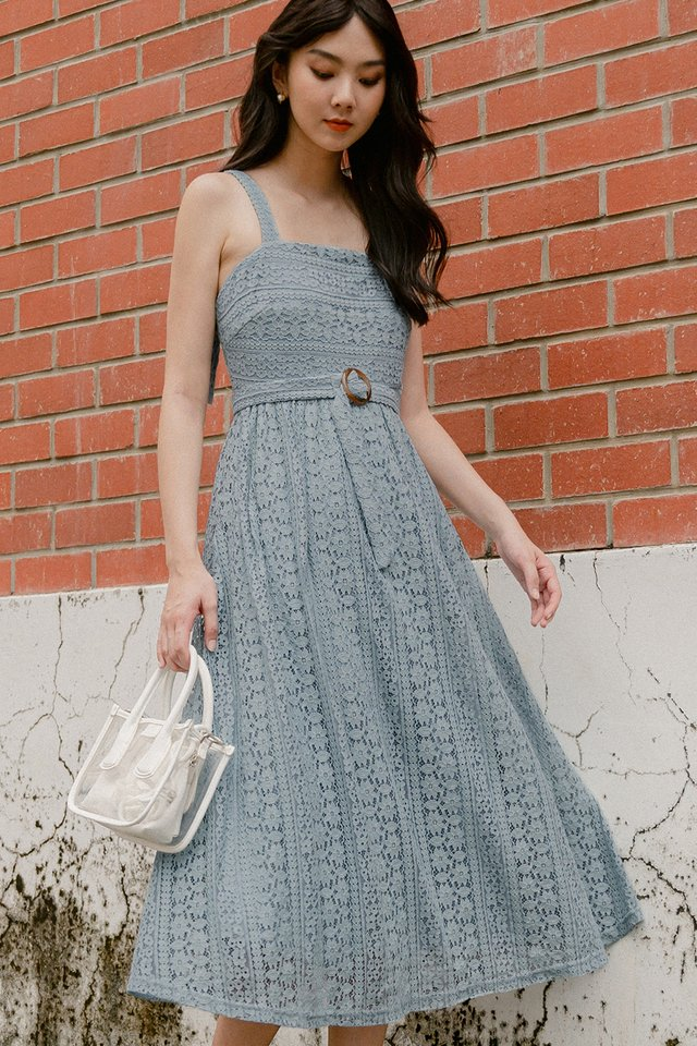 ARLY LACE MIDI IN ASH BLUE
