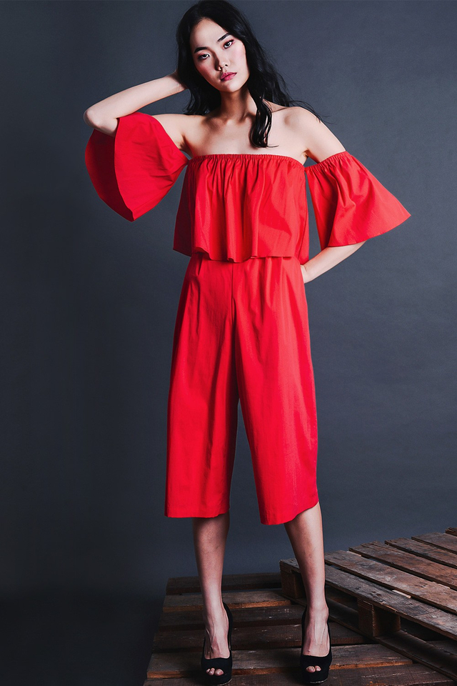 AMARYLLIS JUMPSUIT IN RED