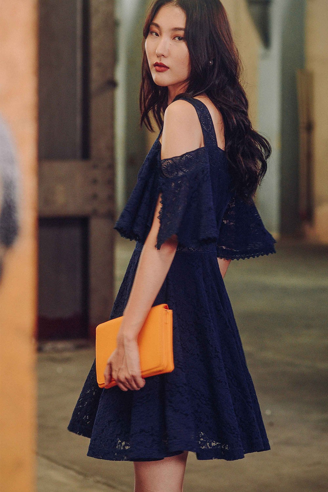 HAMPSHIRE DRESS IN NAVY